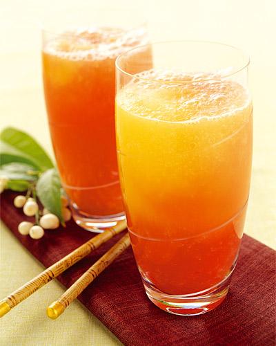 Mandarin- och ingefärsfrappé (alkoholfri)