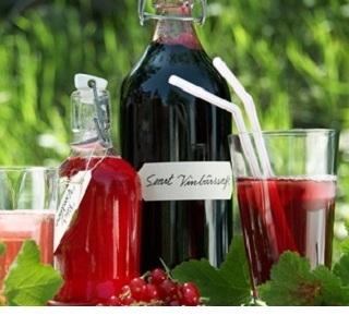 Hemlagad vinbärssaft ¤