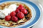 Pannkaka med glass och jordgubbar - recept