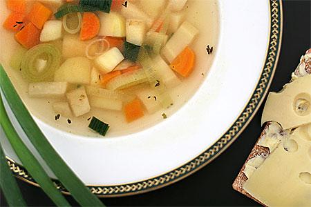 Potatis- och rotfruktssoppa
