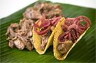 Karibisk fläsktaco med marinerad rödlök - recept