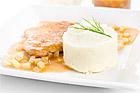 Dubbelpanerad fläskschnitzel med äppelsås - recept