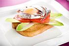 Stekt äggsmörgås med ansjovis - recept