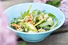 Bovetesallad med rucola och valnötter - recept