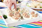 Ägghalvor med makrillsröra (plockmat) - recept