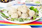 Kycklingbullar, eller för fint folk pocherade kycklingqueneller  - recept