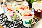 Yoghurt med avokado och jordgubbar - recept