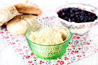 Cornish clotted cream, Devon cream, klumpad grädde till scones - recept