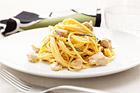 Spaghetti med kycklingfrikassé - recept