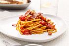 Bucatini med pancetta och körsbärstomater - recept
