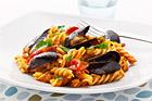 Fusilli med musslor och tonfisk - recept