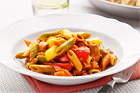 Mezze Penne Tricolore med paprika och kyckling - recept