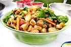 Somrig potatis- och grönsakssallad - recept