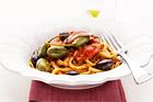 Bavette alla Puttanesca, glädjeflickans pasta - recept