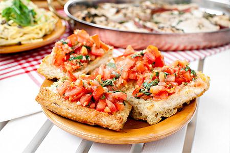 Varm tomatbruschetta (förrätt)