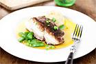 Torskrygg med skirat smör och potatis- och pepparrotsmos - recept