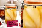 Inkokta päron med citron och svartpeppar - recept