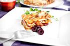 Halloumilasagne med bönor och oliver - recept