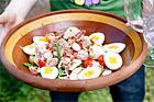 Tonfisksallad med bacon och färskpotatis - recept
