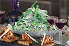 Ljummen sallad på mangold, trädgårdsbönor, Västervikssenap och gräddfil - recept