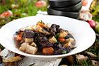 Höstgryta på högrev, rotsaker och svamp - recept