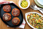 Stekta kycklingfärsbiffar med quinoa och currykeso - recept