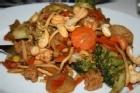 Smakrik och fräsch kycklingwok - recept