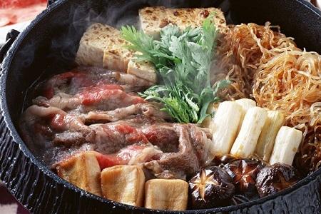 Sukiaki kasai style - japansk nötköttsrätt i panna