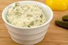 Sauce Tartare (tartarsås), remouladliknade sås med hårdkokta äggulor - recept