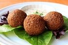 Falafel, vegetariska friterade kikätsbollar - recept