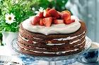 Enkel chokladtårta med bär - recept
