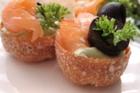 Laxkrustader med avokadokräm - recept