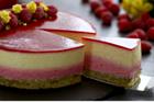 Fruktmoussetårta med jordgubb och mango - recept